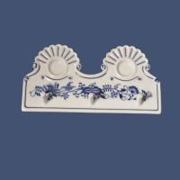 Cibulák kuchyňský věšák 18 cm originální cibulákový porcelán Dubí, cibulový vzor, 1.jakost